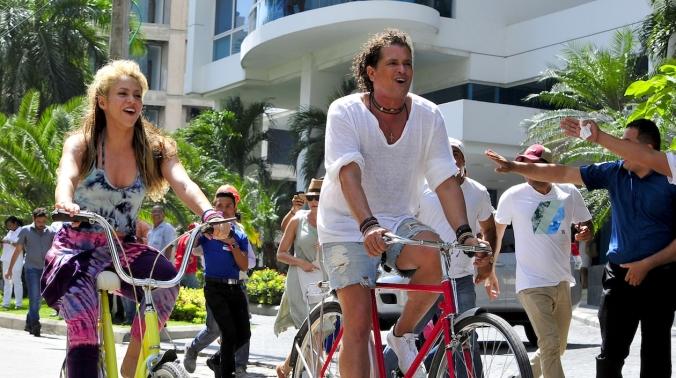 shakira_y_carlos_vives_graban_la_bicicleta_9