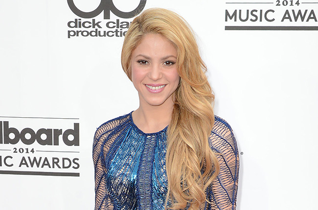 shakira-billboard-music-awards-2015-billboard-650